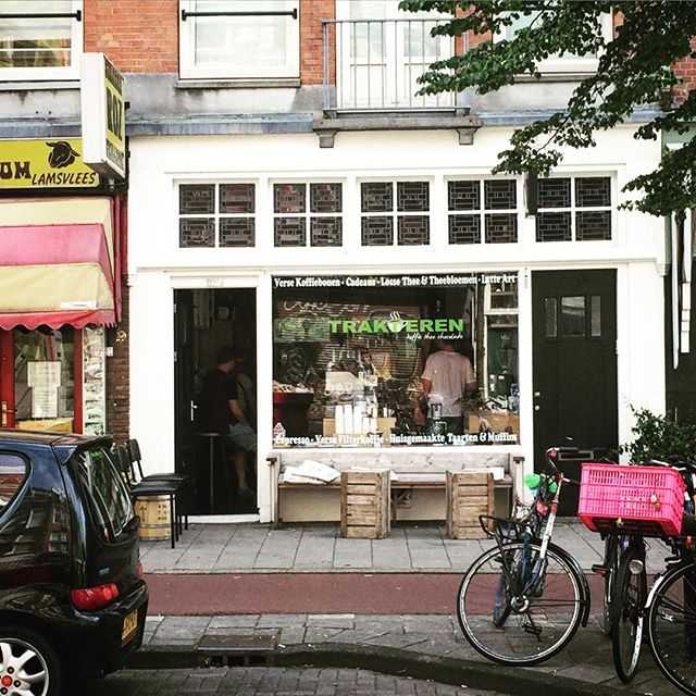This place made the Amsterdam leg. @trakterenkoffie was just down the road from where we stayed. Excellent coffee, got one right now!! Weird weekend opening hours. 10am on a Sunday??!! Germany here we come!#takenosouvenirs #stuffyoudoonholidayspart3